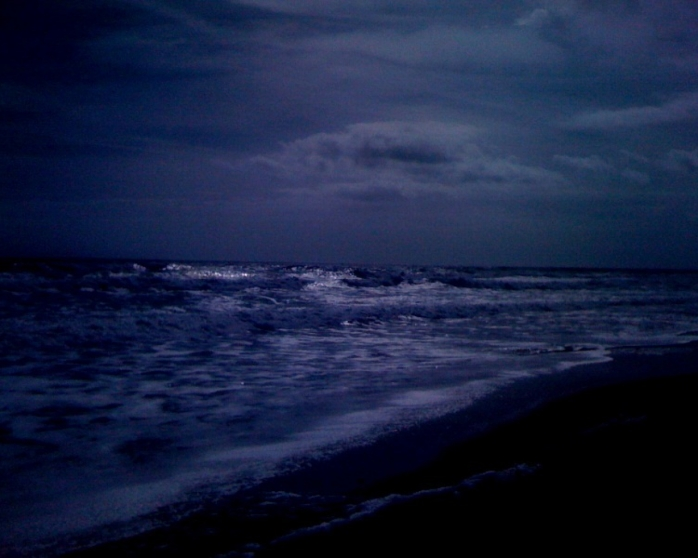703504-1280x1024-Beach-at-Night